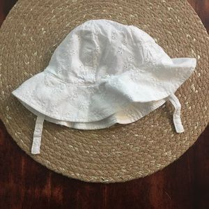 Other - 5/$20 12-18 month White embroidered bucket hat